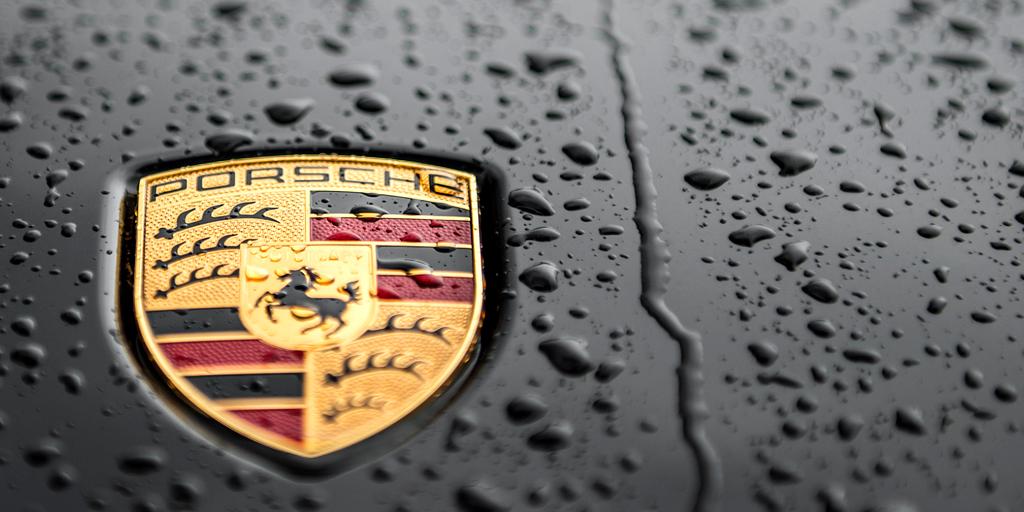 Porsche logo design